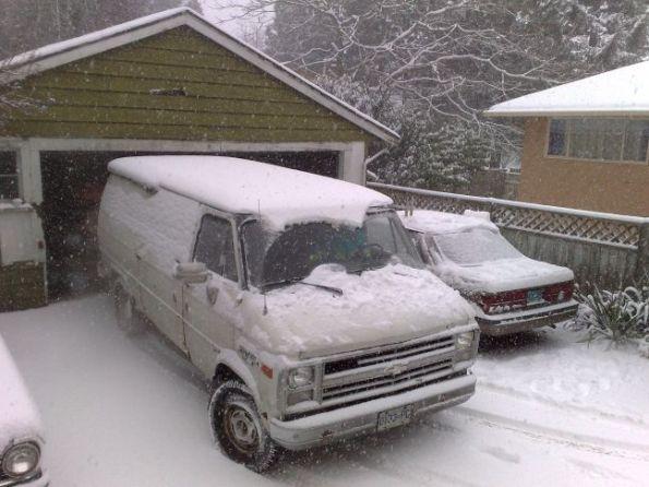 al-truck-snow