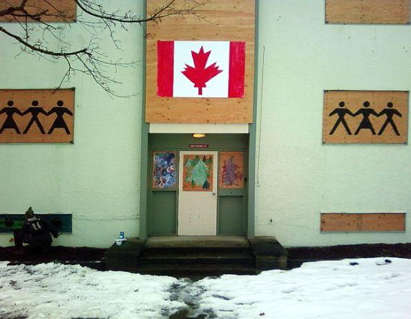 12-canada-flag