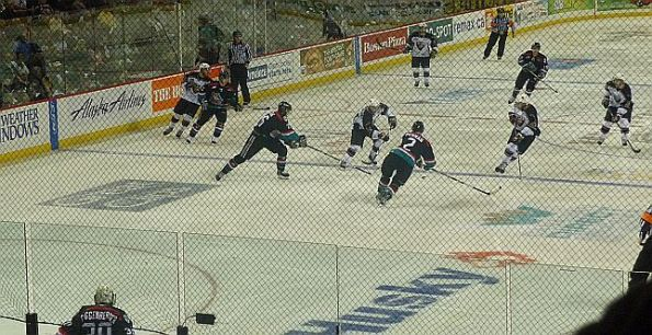 giants-3-mid-ice-action