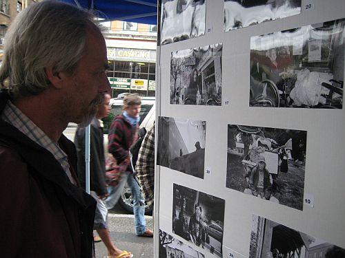 Hendrik seeing Pivot photos