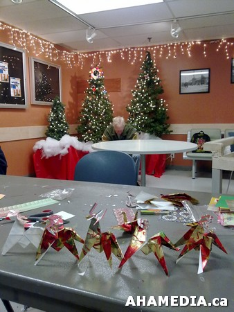5 AHA MEDIA at Yoko Tomita's Christmas Origami workshop in Vancouver
