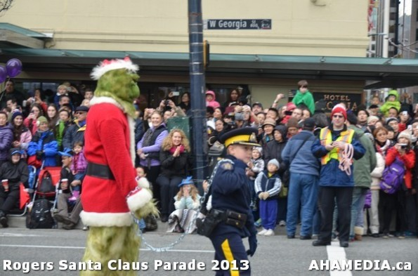 51 AHA MEDIA at 10th Annual Rogers Santa Claus Parde in Vancouver 2013